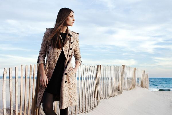 Burberry Days in Long Beach, photographed by Della Bass for Fashion Gone Rogue, post-process by Sofia Zasheva