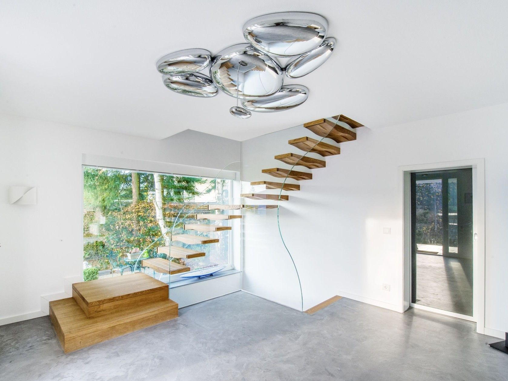 Best Floating Waves Cantilevered Staircase By Siller Treppen 400 x 300