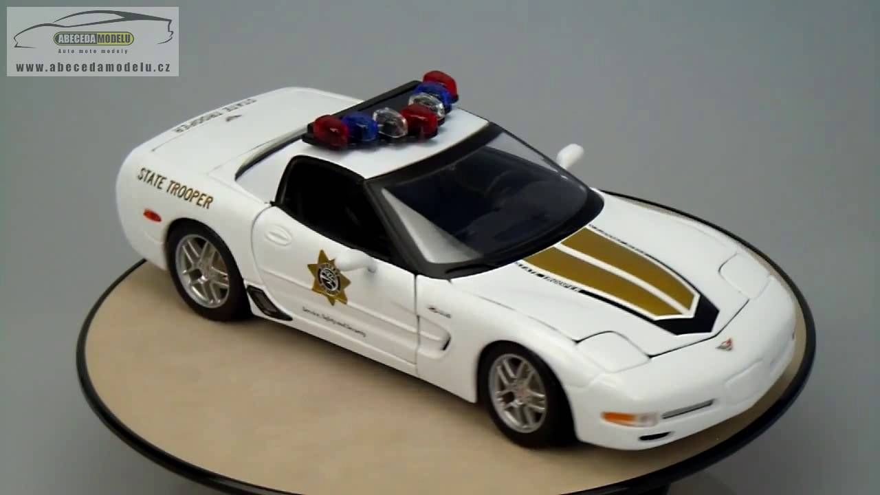 Chevrolet corvette z06 state trooper maisto 1 18