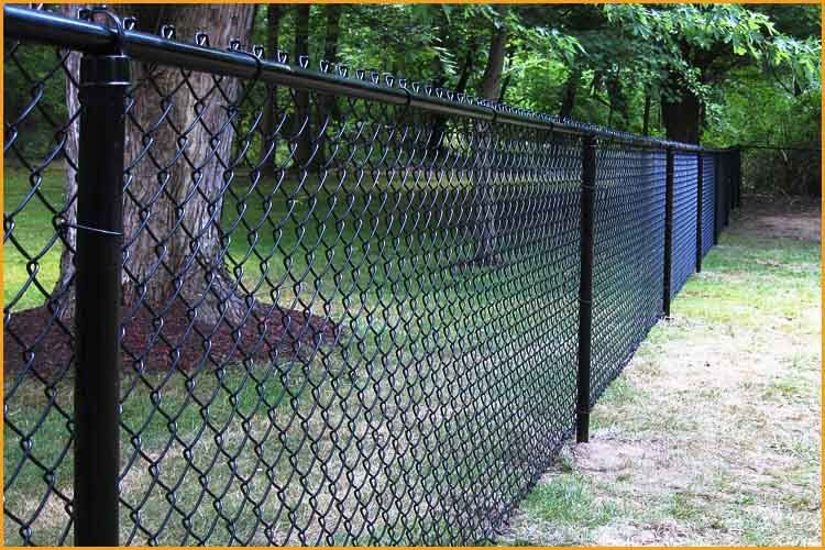Image Result For Rolled Wire Fencing Using Chain Link Post Black