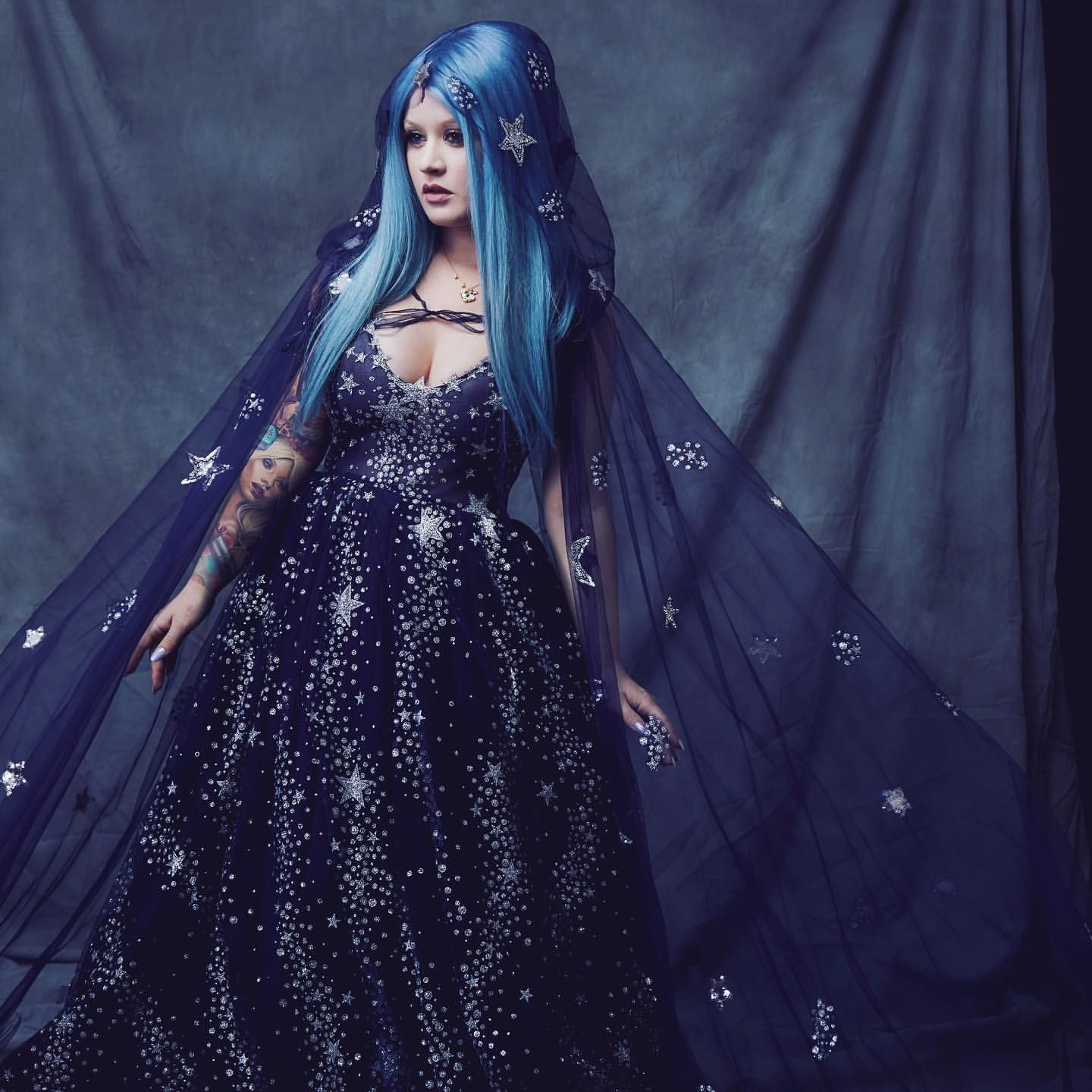 Indulge Yourself With This Dessert Made Out Of Night Skies And Dreams Sprinkle Sugar Galaxies And Serve Wi Chotronette Dresses Star Prom Dress Beautiful Gowns [ 1440 x 1440 Pixel ]