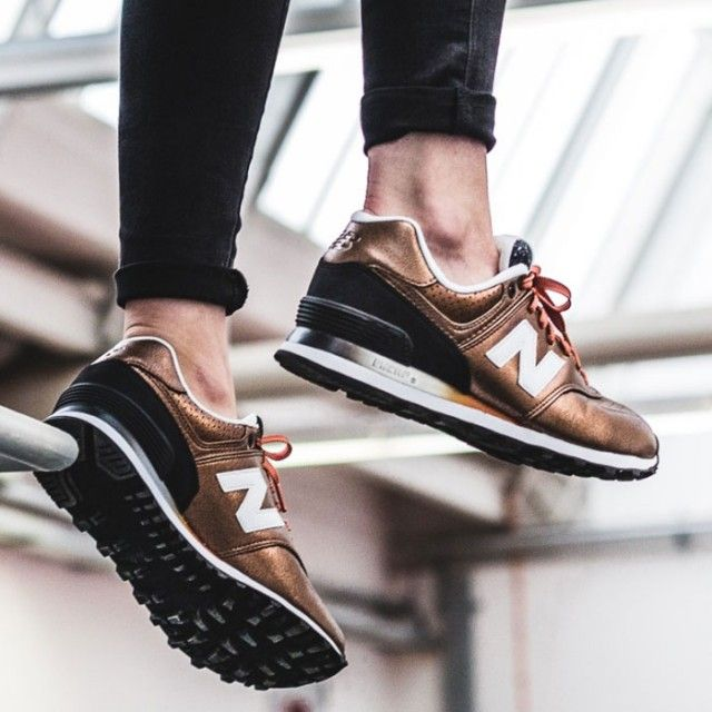 New Balance in Black and copper | shoes | sneakers | fashion | camden |  white