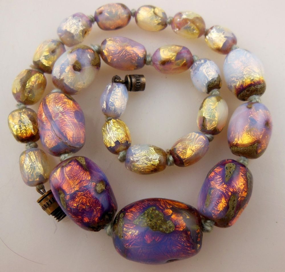 vintage stunning bohemian art deco opalescent foil glass beads necklace