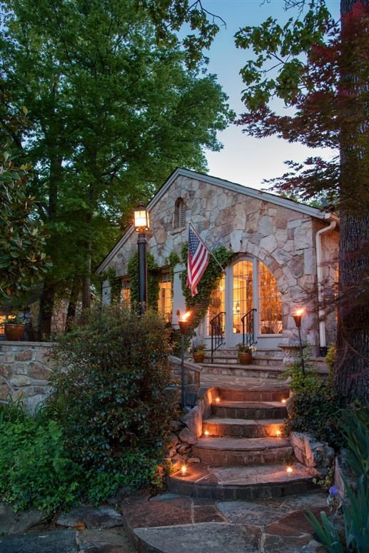 Chanticleer Inn Bed & Breakfast Lookout Mountain, GA