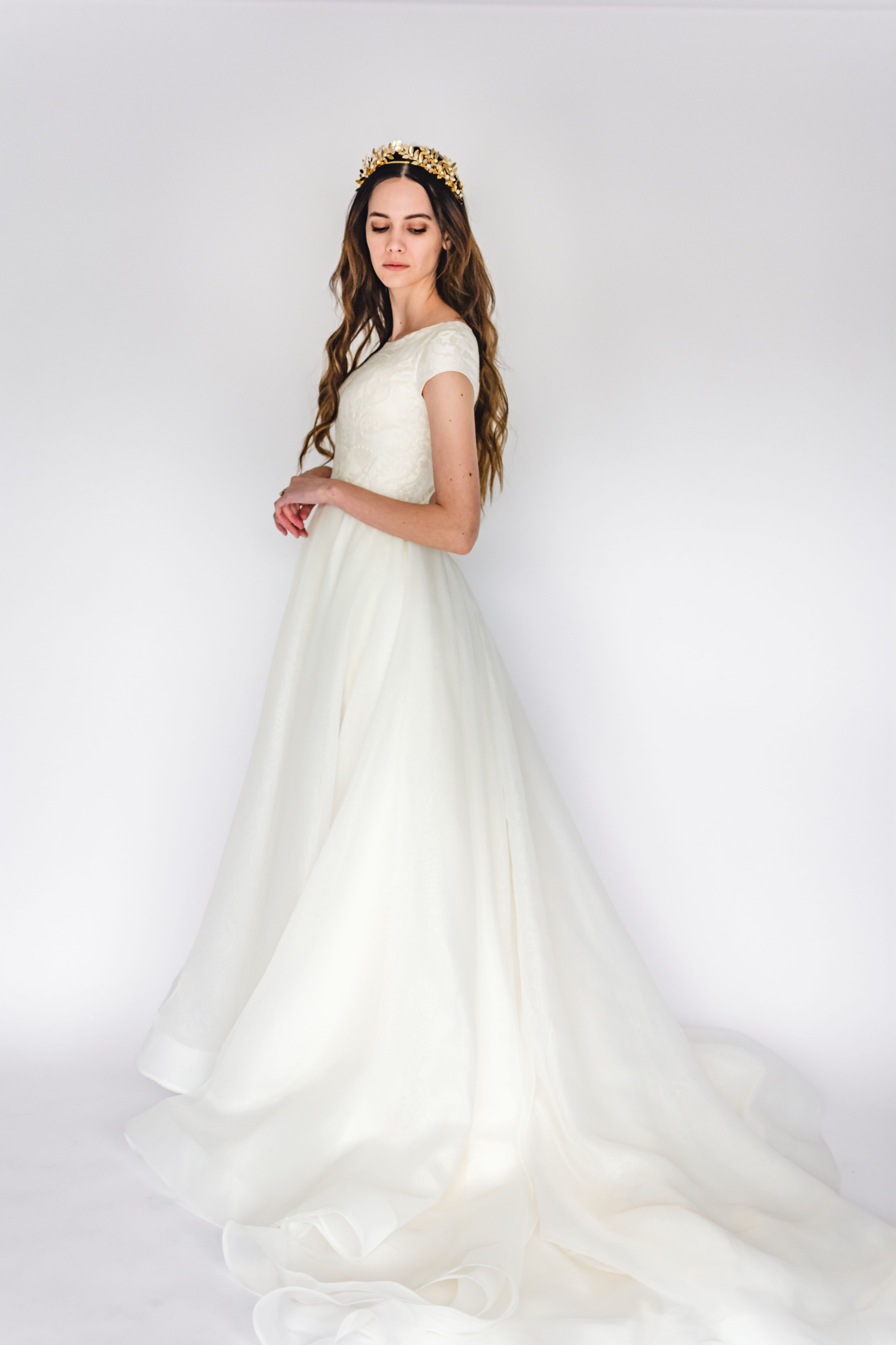 Holly Gown Woodland Collection By Elizabeth Cooper Design Beautifully Dunn Phot Wedding Dresses 101 Modest Wedding Dresses With Sleeves Amazing Wedding Dress
