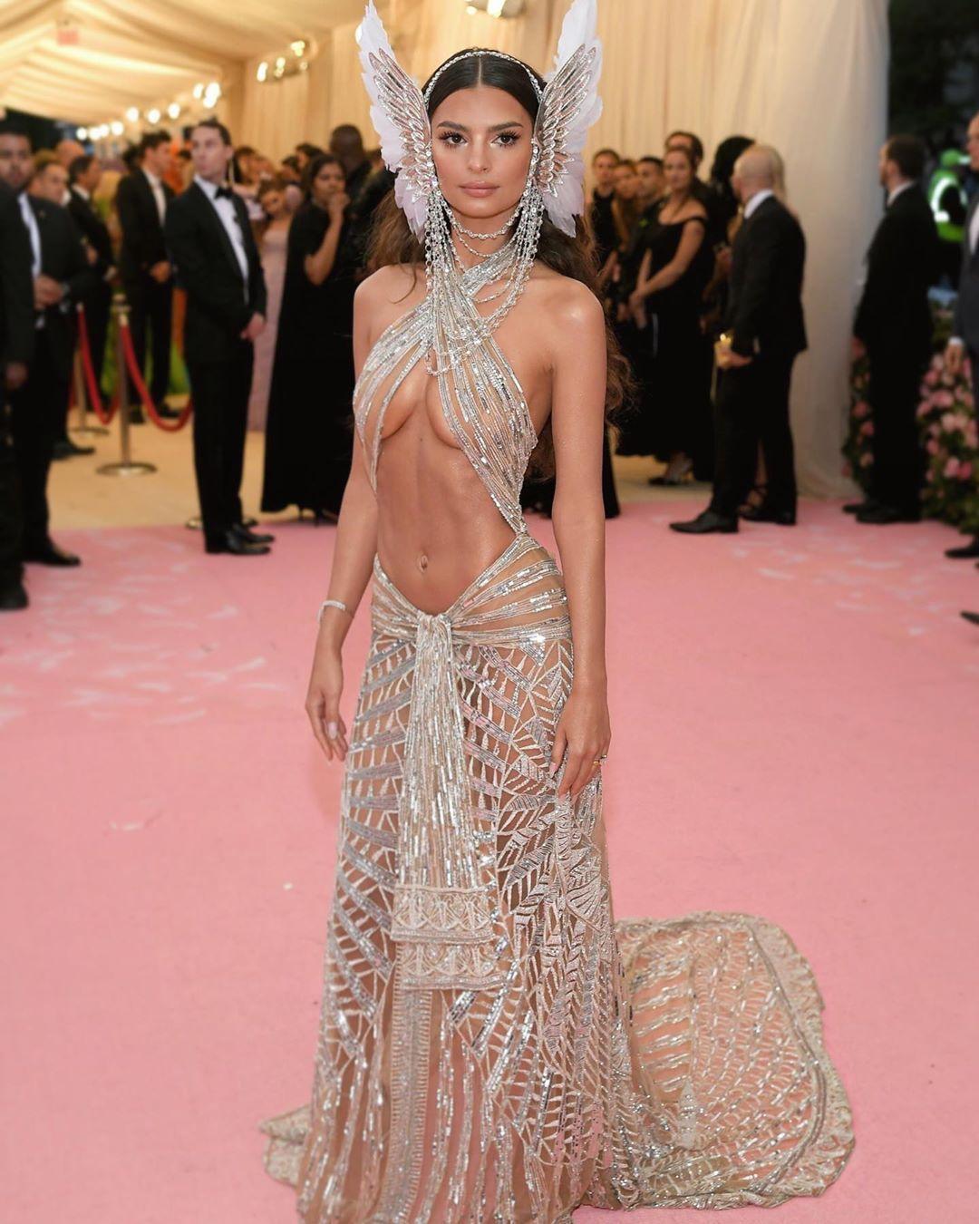 Emily Ratajkowski On Instagram Met 2019 Revealing Dresses Gala Dresses Met Gala Dresses