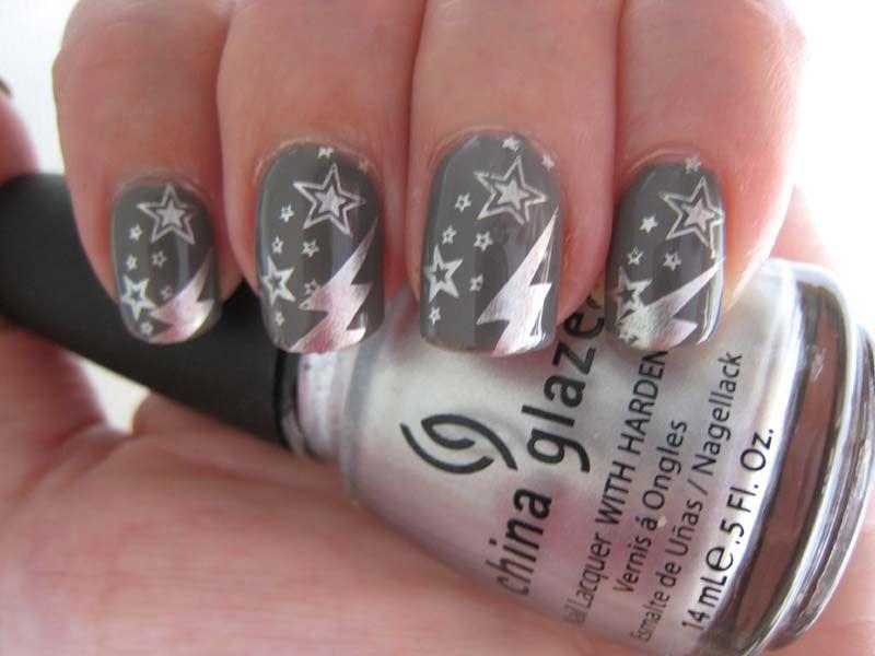 nails yolanda stars and lightning