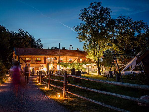Pitzlloch In Grabenstatt Erlstatt Hochzeitslocation Location
