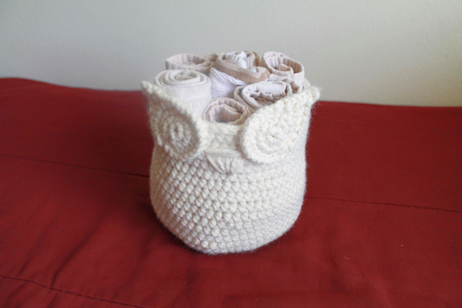 Lovely owl basket free pattern crochet pinterest owl lovely owl basket free pattern crochet pinterest owl basket simple crochet and owl bankloansurffo Images