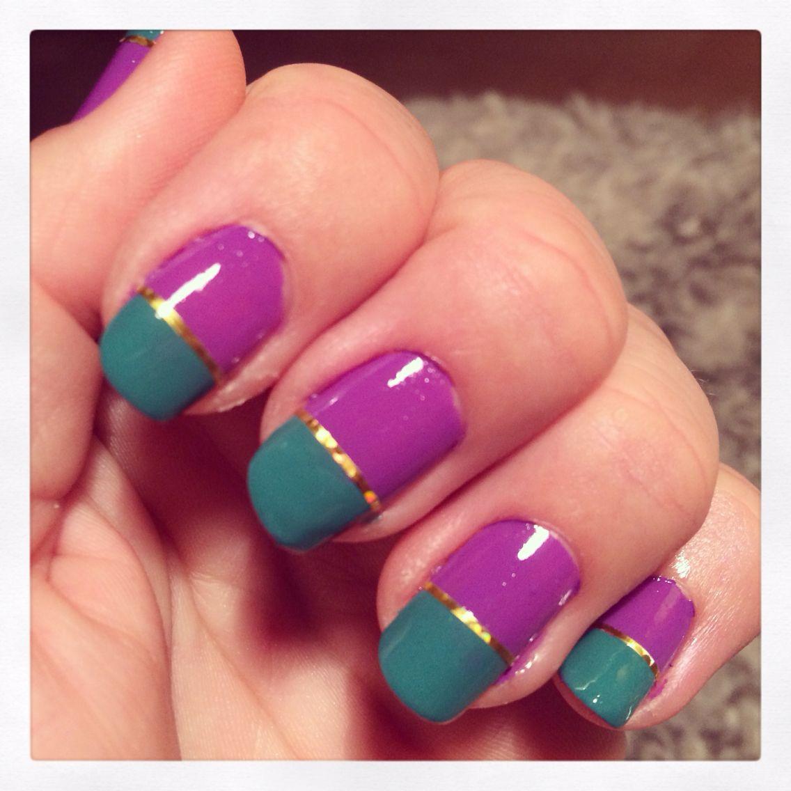 Älskar att hitta på något kul på mina naglar