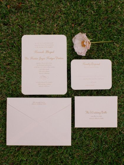 Abby + Hunter | Backyard Oklahoma Wedding. Photo by Candi Coffman Photography. Invitation Suite by Paper N' More. #bridesofoklahoma #weddinginvitations #invitationsuite #wedding #outdoor #oklahoma