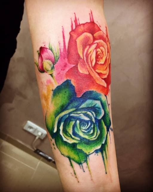 Watercolor Roses On Forearm Forearmtattoo Tattoo Forearm Roses Watercolor Aquarell Red Tattooanansi Flower Cover Up Tattoos Rose Tattoos Tattoos