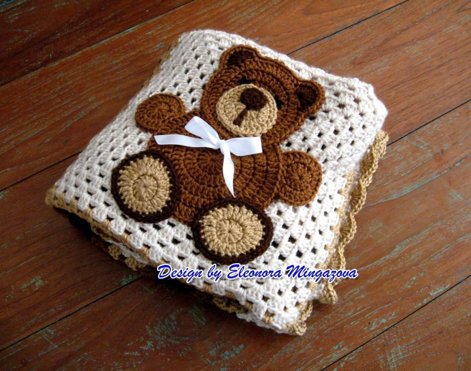 Teddy Bear Crochet Blanket | Bluprint #crochetteddybears