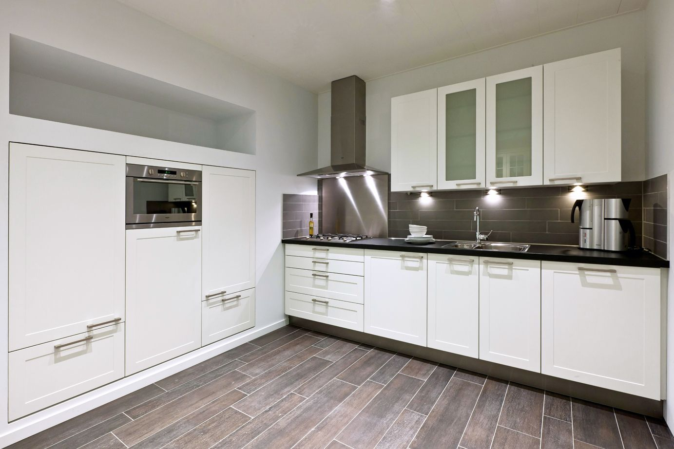 Hoekkeuken db keukens lake supurgelik kitchens