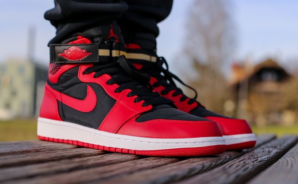 "Air Jordan 1 High Strap ""Gym Red & Black"""