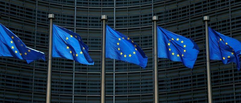 """A proposta britânica para cidadãos europeus após a saída do país da União Europeia, o chamado """"Brexit"""", foi rejeitada pelo Parlamento Europeu nesta segunda-feira (10). Para os parlamentares, o projeto criará uma cidadania de """"segunda classe"""" para os europeus e perpetuará... Baixe Nosso aplicativo para Android: https://goo.gl/4VxWhE"""