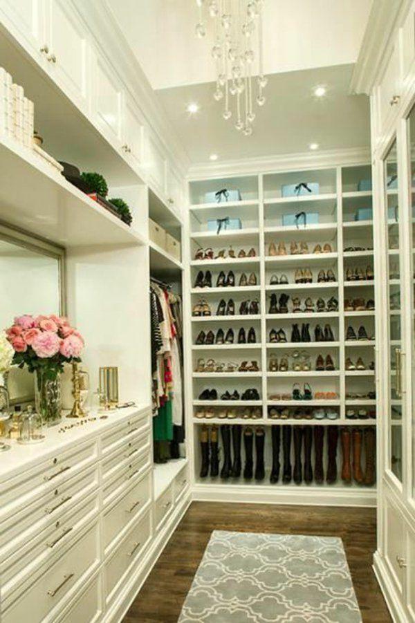 Begehbarer kleiderschrank frau schuhe  Begehbarer Kleiderschrank - wie Sie die perfekte Ordnung schaffen ...