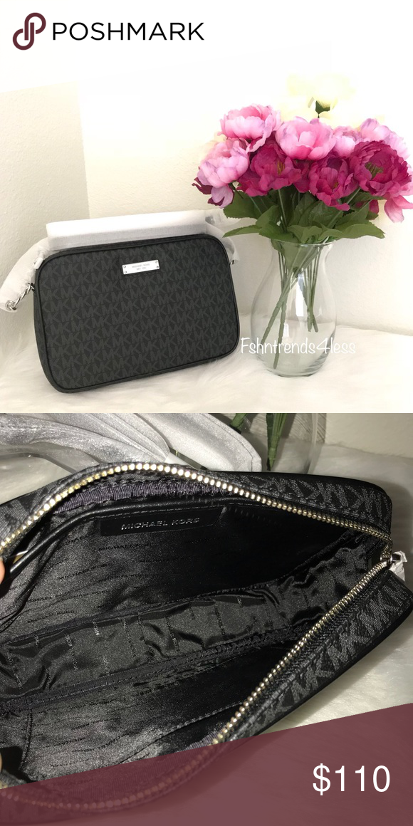 1a4705bac667 💥SALE💥 Last one! Michael Kors Crossbody ✅PRICE IS FIRM✅ ✳️No