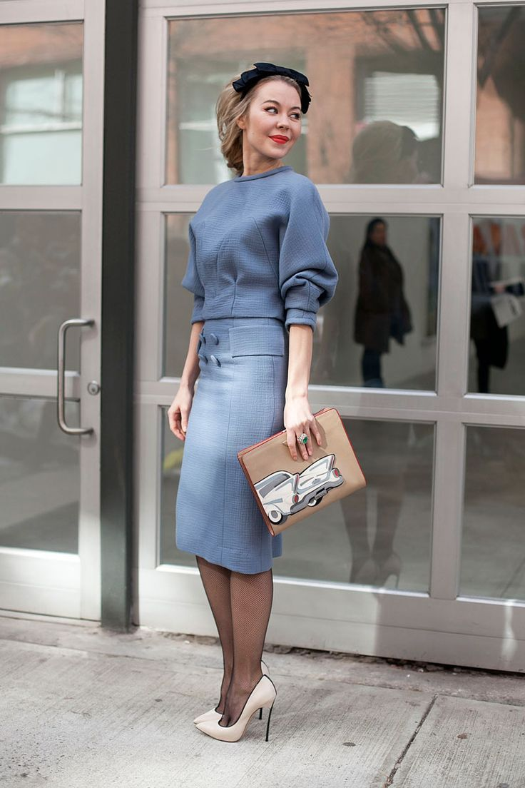 quirky clutch with chic outfit