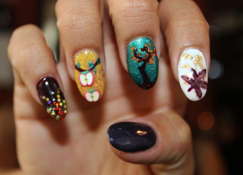 #fall #nails #pretty #autumn #crafty #diy #manicures