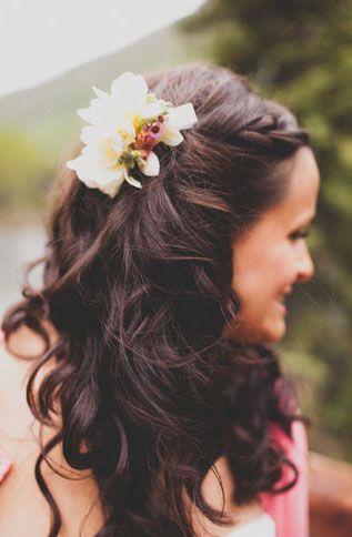 perfect wedding hair! :]