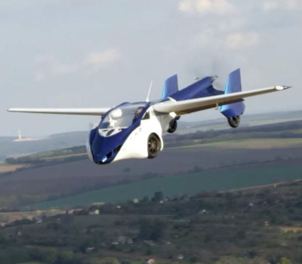 This Startup Wants To Take On Uber And Lyft With Self Flying Cars Flying Car First Flying Car Flying Car For Sale