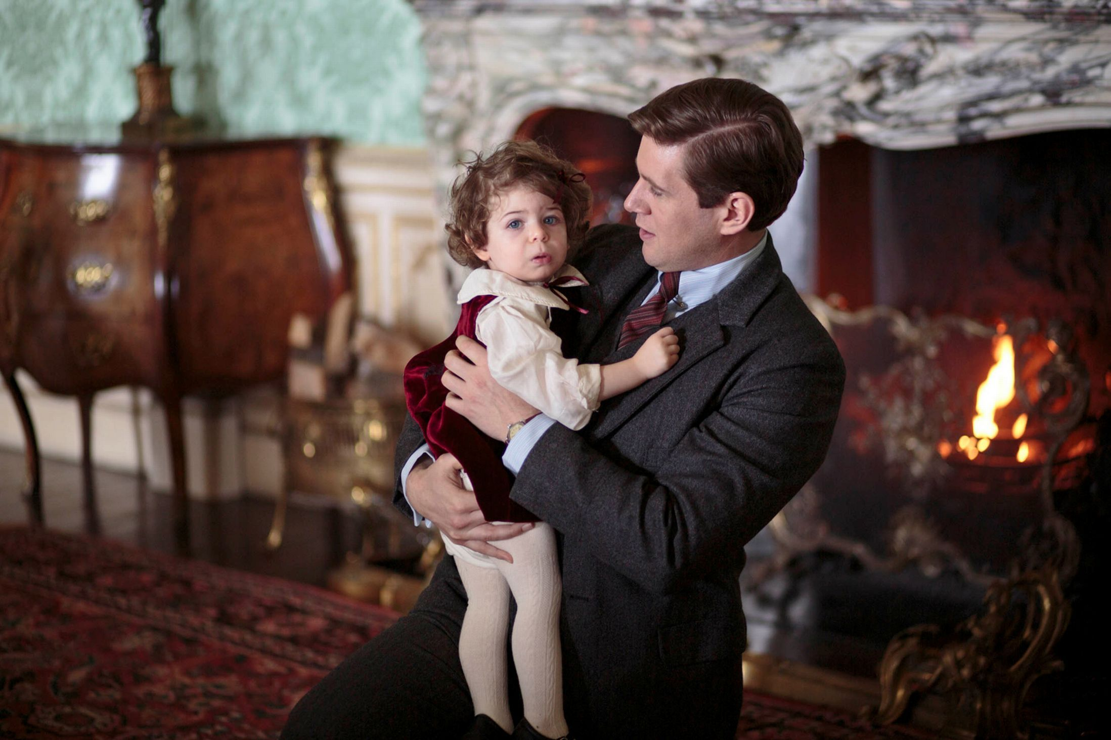 Downton Abbey Show Creator Julian Fellowes Puts A No Hugs Rule