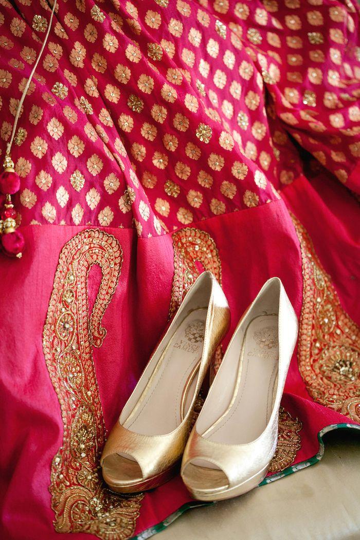 Wedding Shoes Wedmegood Weddingshoes Lehenga Wedmegood Shoes