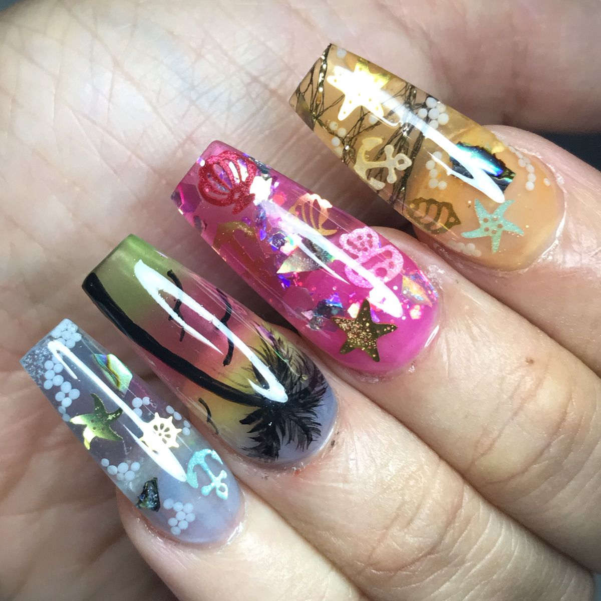 Acrylic nails by Frances Cortes instagram fcnailart #nails #nailartist #acrylicnails #jelly #nailsofinstagram #nailartdesigns
