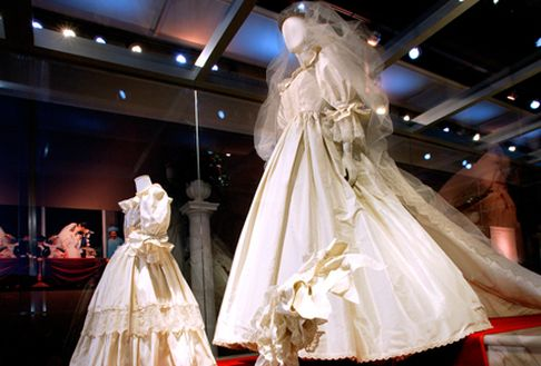 Gloria Ex Amore Patriae Diana Wedding Dress Fairytale Wedding Gown Wedding Gown Preservation