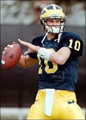 Tom Brady Played For The University Of Michigan Wolverines Before He Was Draft Michigan Wolverines Football Michigan Football University Of Michigan Wolverines