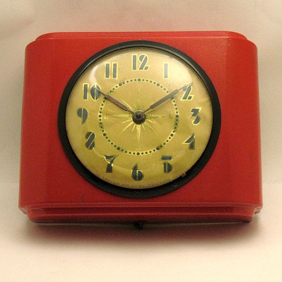 Art Deco Wall Clock - Retro Kitchen Wall Clock - Old Admiral Wall ...