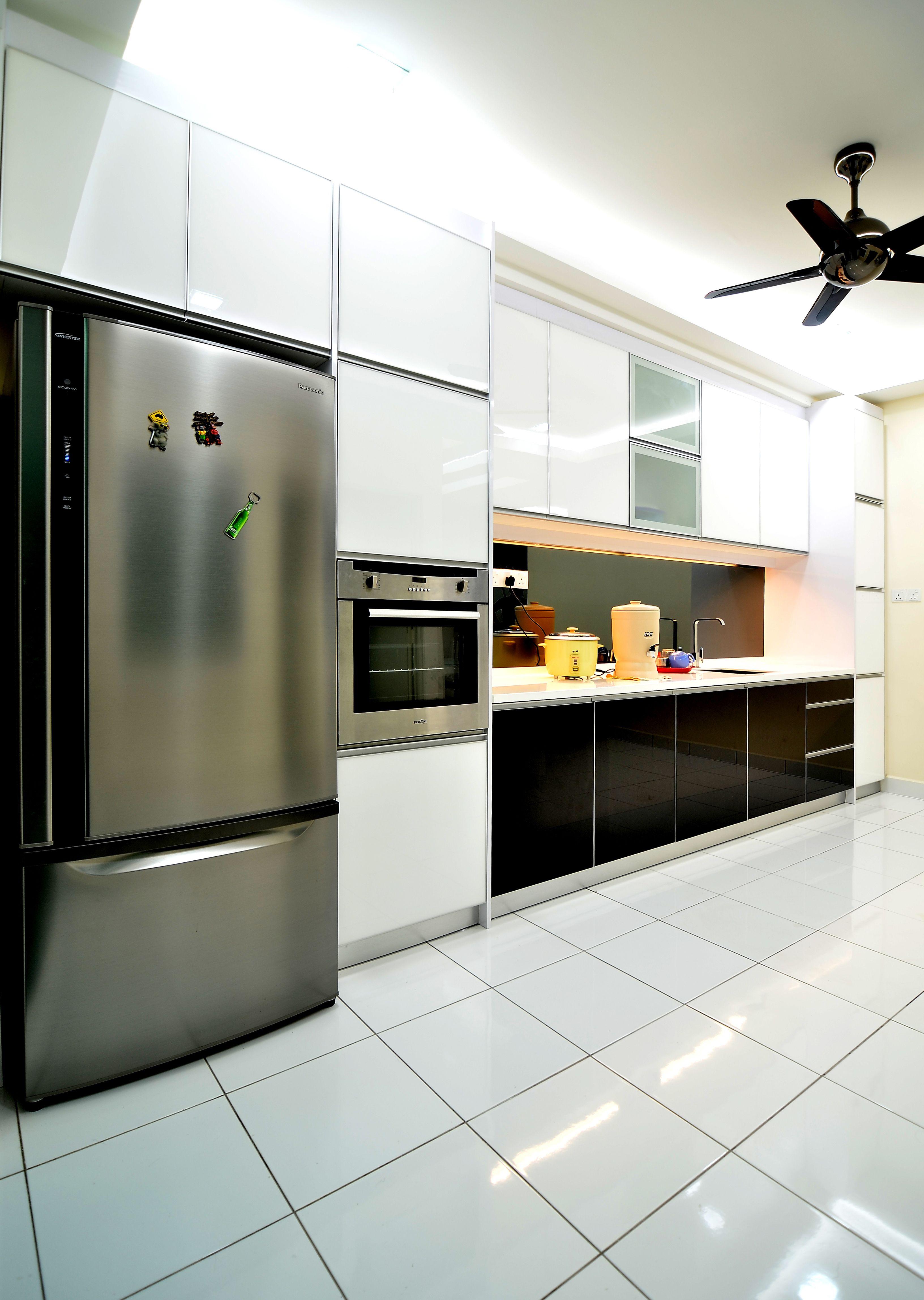 Modern style #dry #kitchen. #blackandwhite #interiordesign | Glass ...