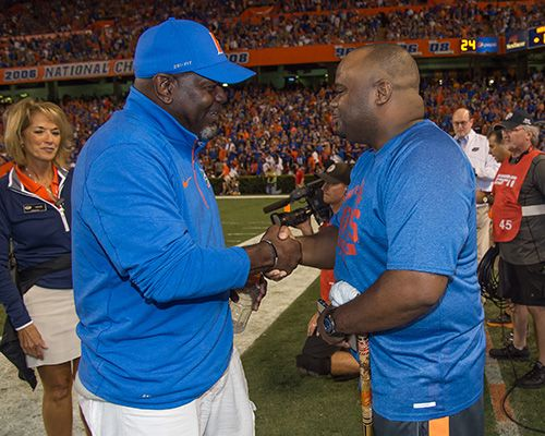 Emmitt Smith shakes the hand of Wounded Warrior Christopher Gordon on Saturday. (Photo: Jim Burgess)