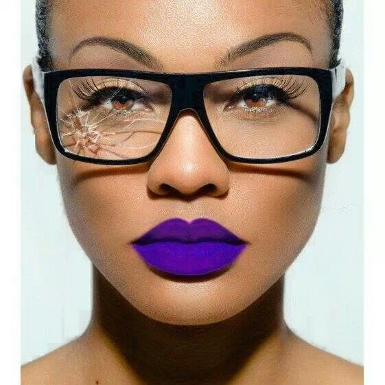Purple lipstick   Makeup Inspiration   Pinterest   Batom roxo, Batom ... a5c0f72617