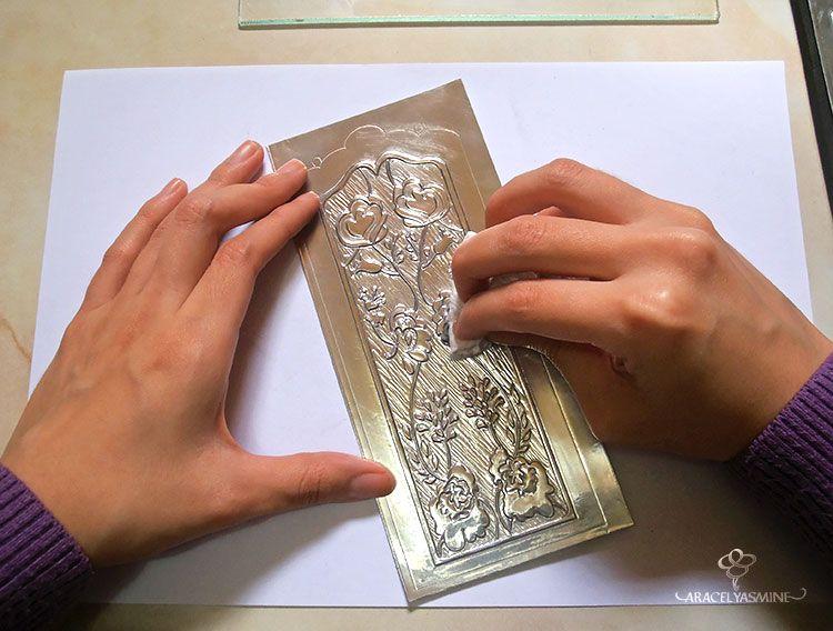 2 Formas De Pintar El Repujado Con Vitral Facilmente Aracelyasmine Repujado En Aluminio Y Caligrafía Formas De Pintar Repujado Vitrales