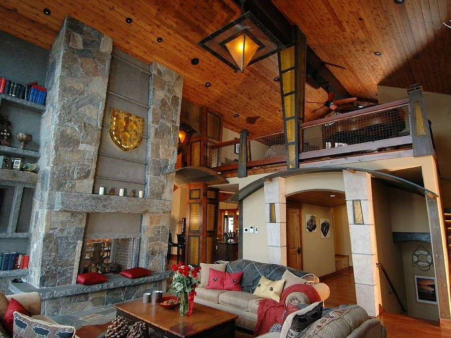 Cabin In Truckee United States 9 Br 12 Baths Elevators Stunning Lodge Optional Conference Room 5 Decks And Pa Hot Tub House Renting A House House Rental