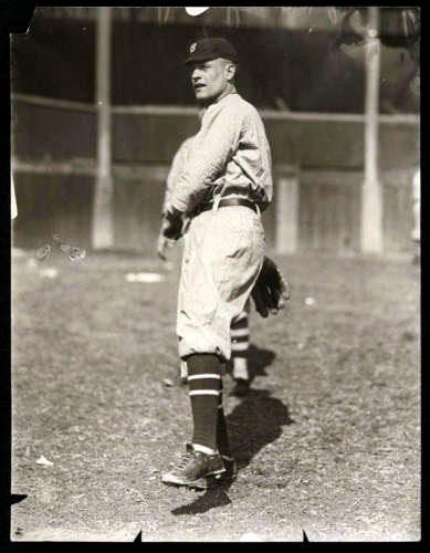 October 29 1888 October 2 1962 Earl Yingling Born In Chillicothe Oh Cleveland Naps 1911 Brookl Cincinnati Reds New York Yankees Boston Red Sox