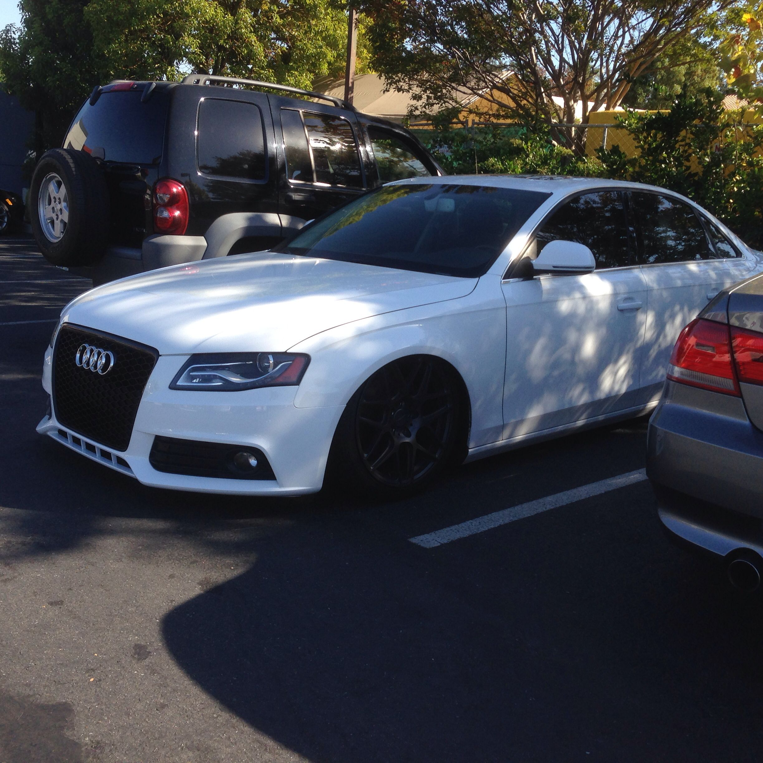 my 2009 audi a4 3 2l v6 premium plus with the sport package in ibis white it 39 s on airlift. Black Bedroom Furniture Sets. Home Design Ideas