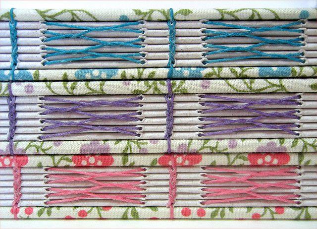 Detalhe da costura com linha de linho colorida - copta e costura trançada   Flickr - Photo Sharing!