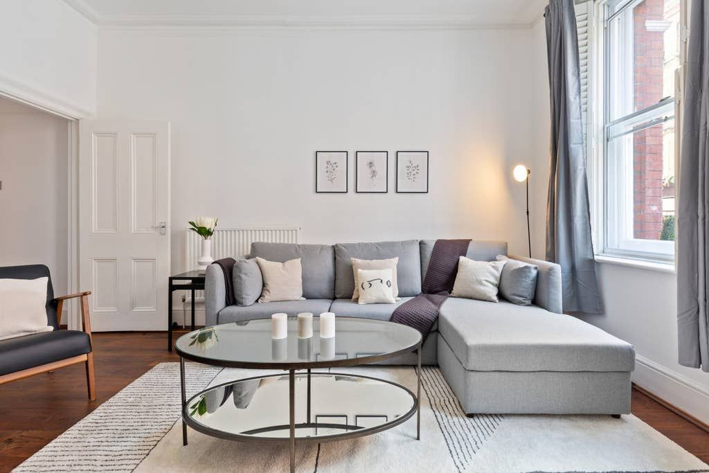Stunning 1 Bed Apt Sleeps 4 Nr Central London Apartments For Rent In London England United Kingd London Apartments For Rent Cool Apartments Rent In London