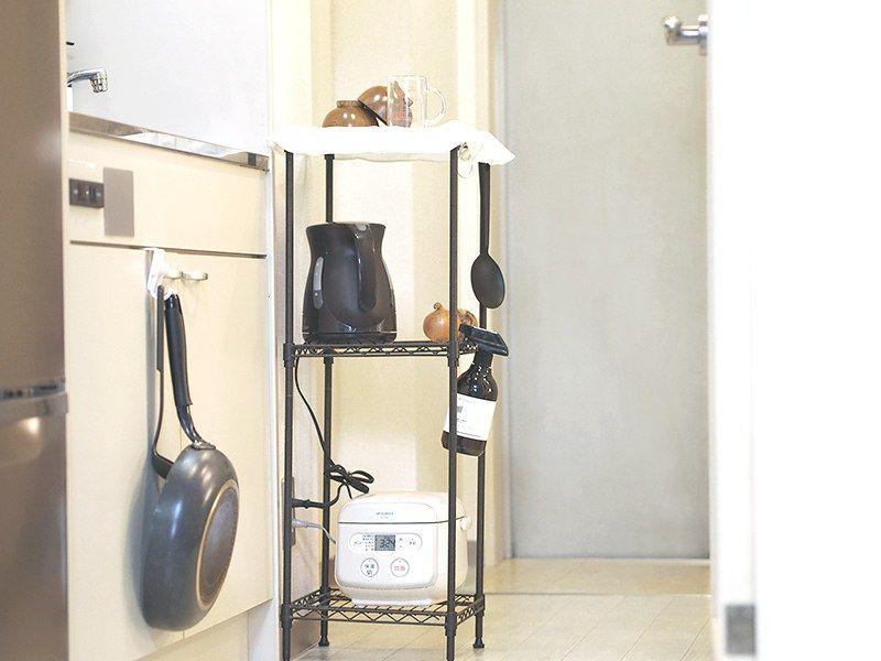 炊飯器の置き場所 1kの場合は棚をスリムに 台所が狭い場合も 炊飯器 置き場 インテリア 収納 棚