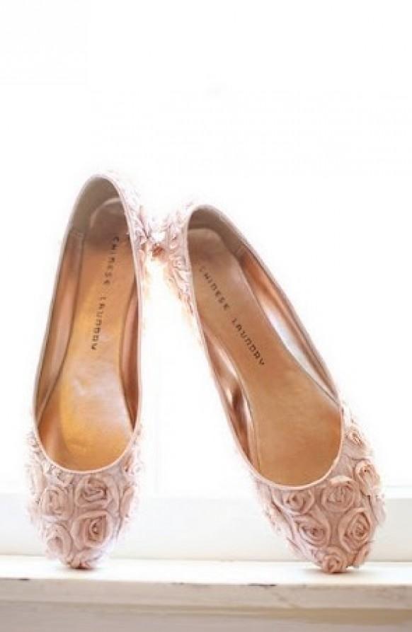 Weddbook ♥ Vintage Pale pink floral wedding ballets flats ...