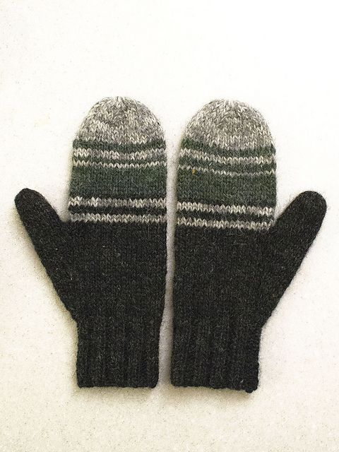 Ravelry Gallery | kashewnut\'s Ice Fishing Mittens | mittens for ...