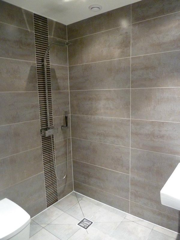 19 small wet room ideas design decor surprising for Wet floor bathroom designs