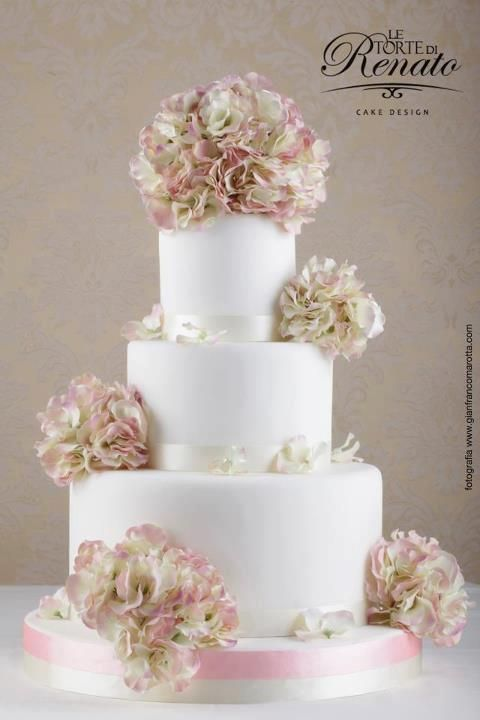 Le Gateau Elegant Wedding Cake Prices