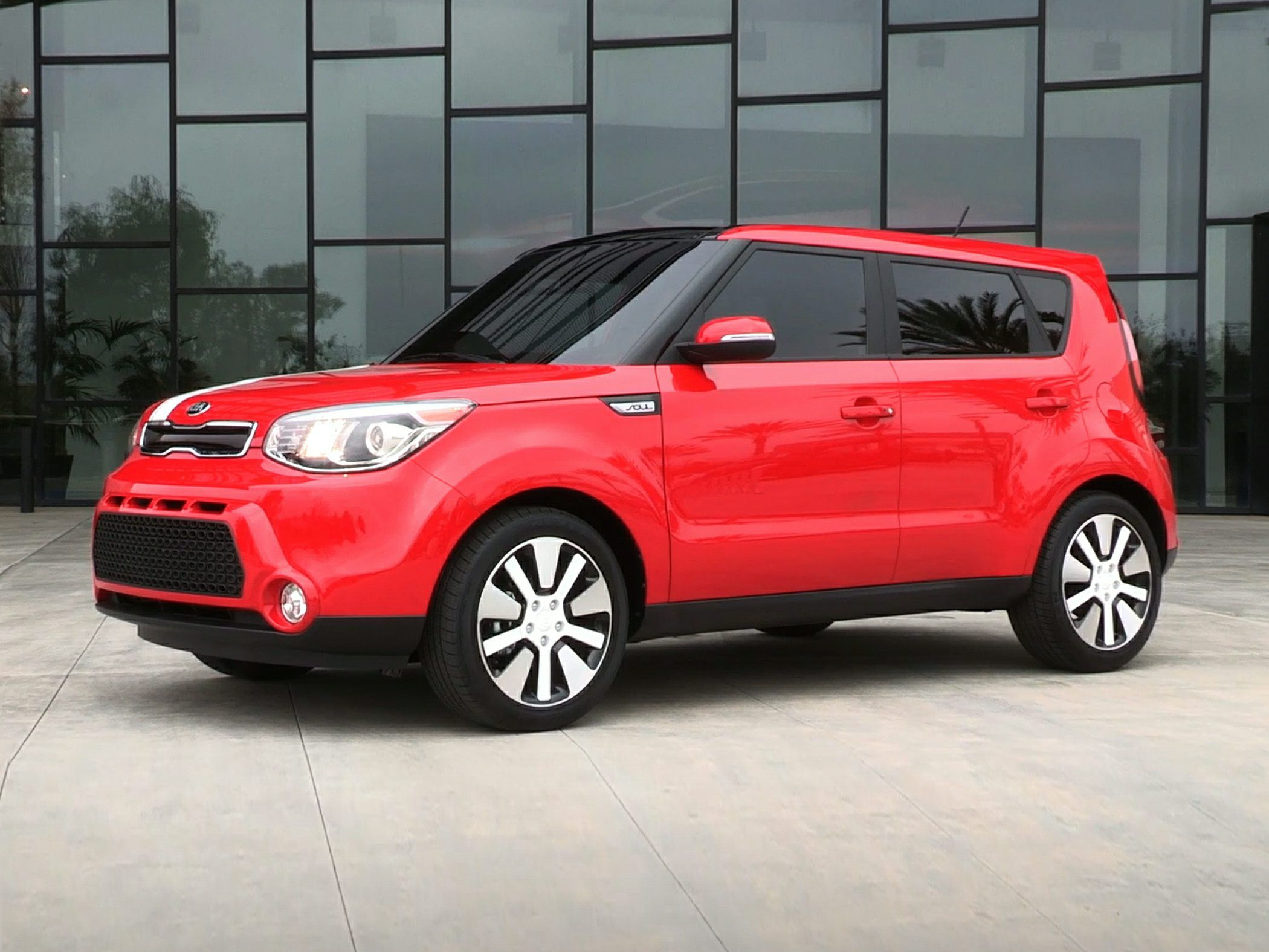 2015 Kia Soul EV Red Colors