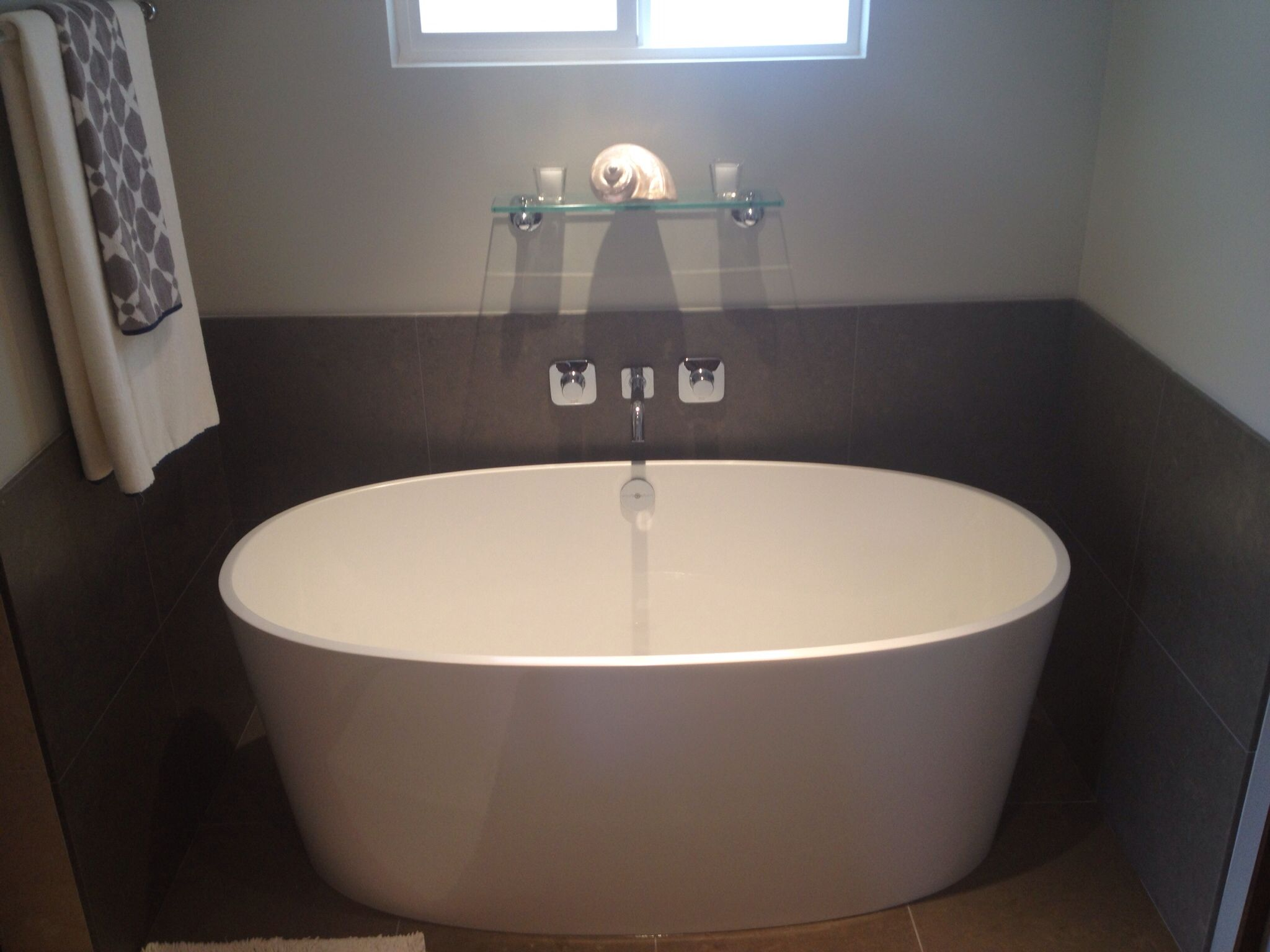 Deep 5 ft soaking tub bathroom pinterest tubs for Soaking tub deep