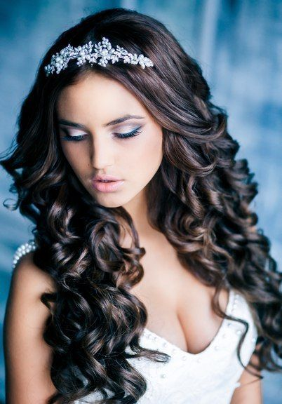 Princess Wavy Hairstyles Quinceanera Hairstyles Tiara