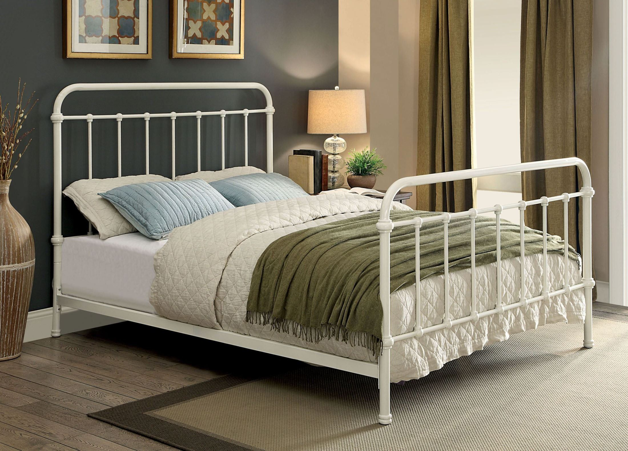 Iria Metal Queen Size Bed With K D 4 Pcs Slats Bed Frame White